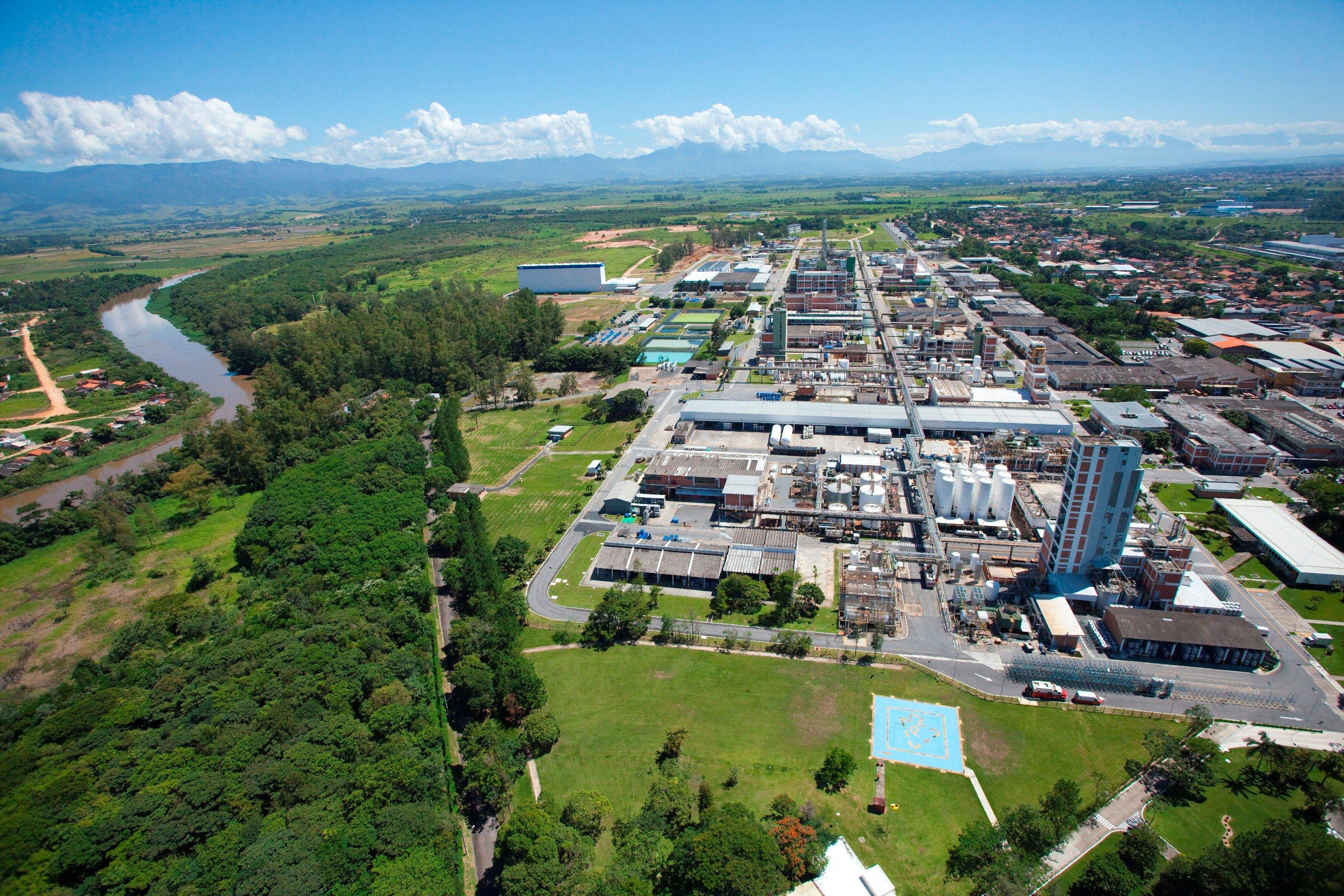 Siemens e BASF transformam unidade do Complexo Químico em Guaratinguetá