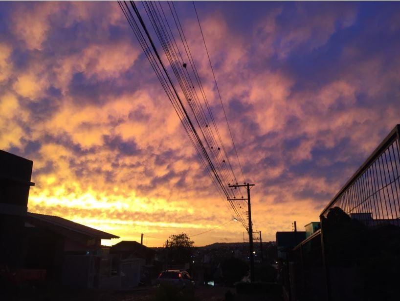 Pôr do Sol em Chapeco (SC). Envio de Paulo Pinheiro