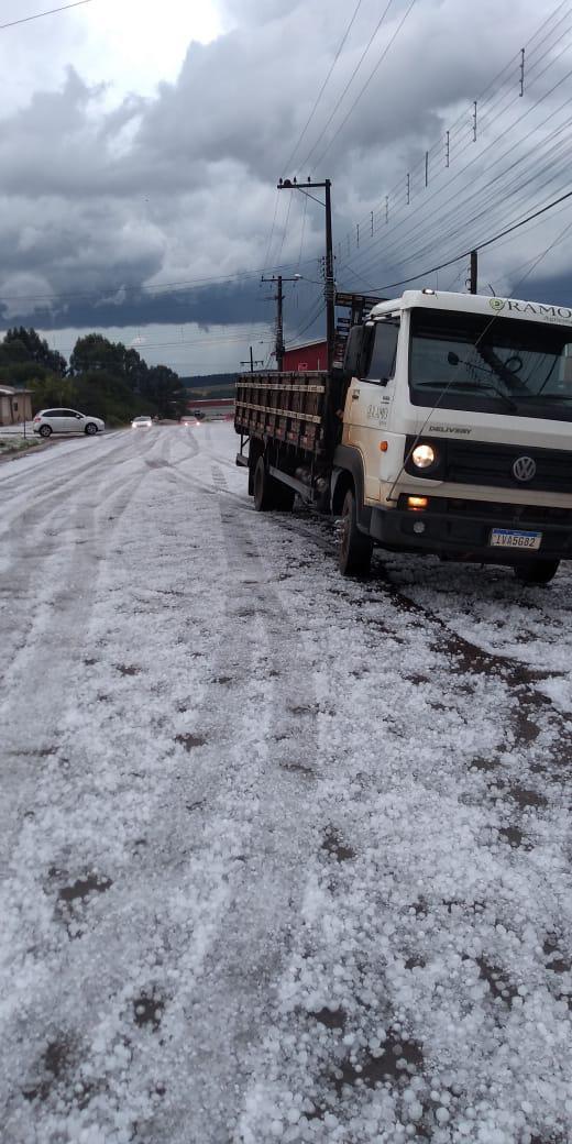 Registro de granizo em Itapuca (RS) - Foto: Reprodução/Redes sociais
