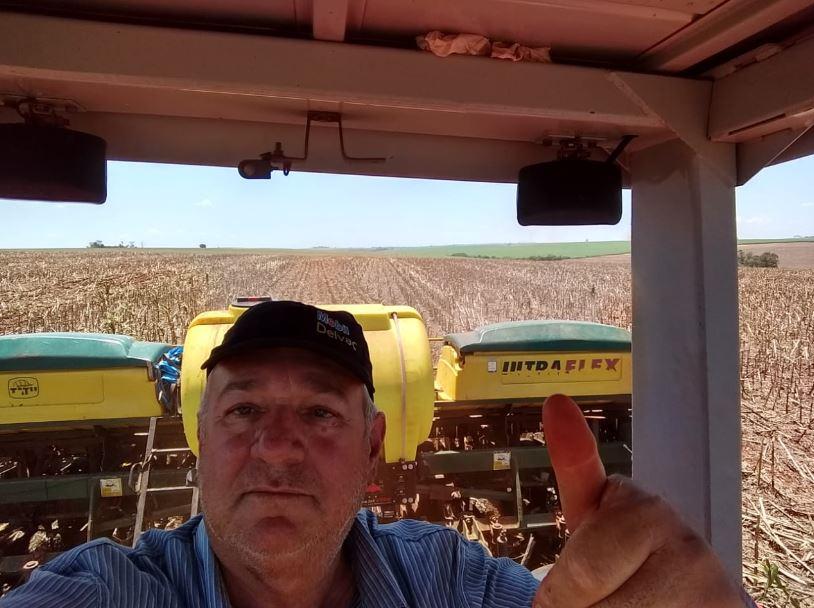Plantio de soja em Pedrinhas Paulista (SP). Envio de Rodrigo Fongaro