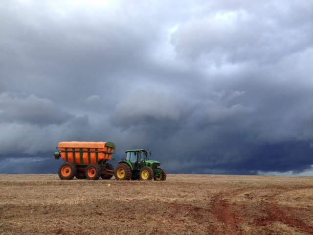 Imagem do dia - Fazenda Bom Jesus, em Guaíra (PR). Envio de Jones Ambiel