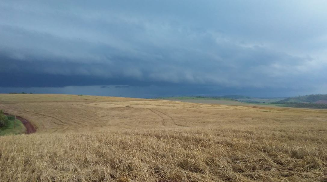 Chuva no Paraguay. Envio de Valério Rocha