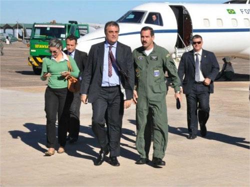 Ministro chega a Campo Grande - G1