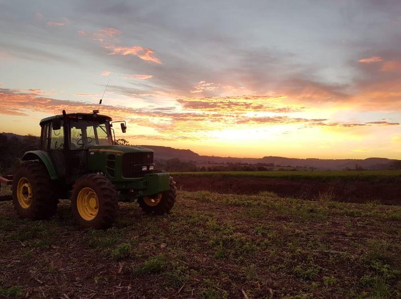 Plantio de milho safra 18/19 da Agricultura Colpani, Vista Gaúcha (RS). Envio de Deise Colpani