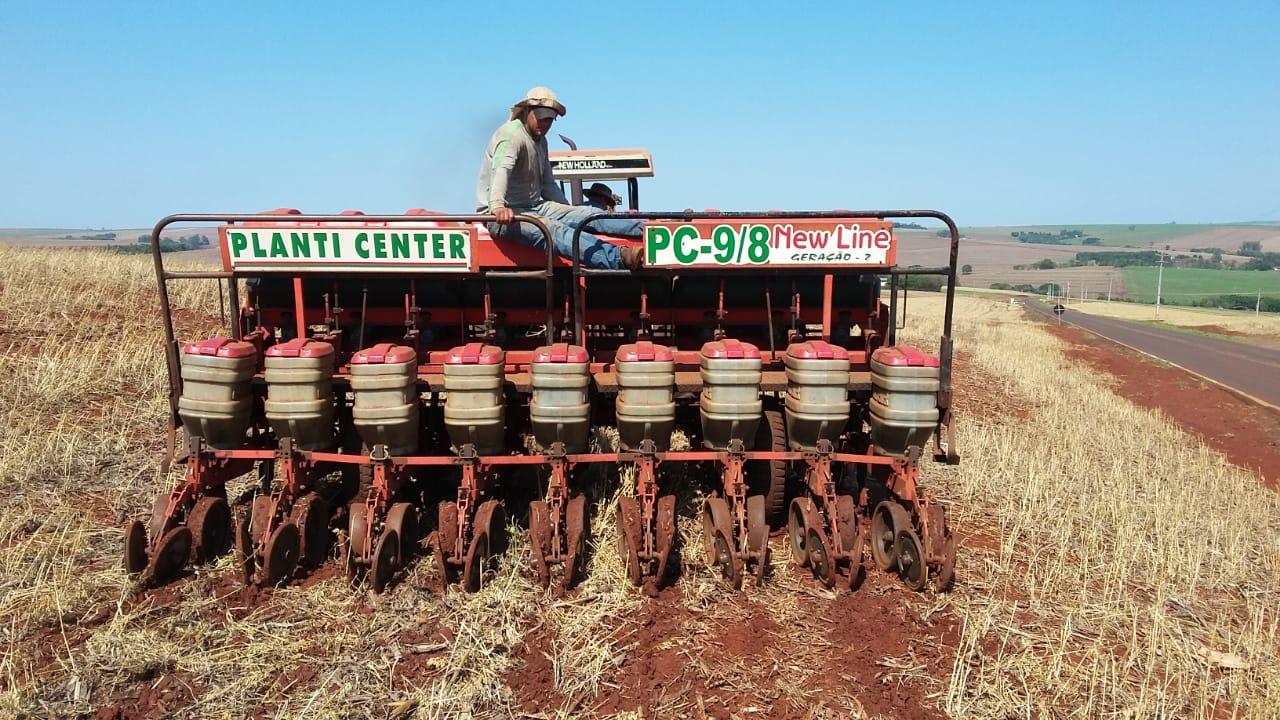 Plantio de soja do Associado da Copacol, José Domingos Bertotti em Nova Aurora (PR). Envio do Técnico Agrícolas Copacol David Clemente.