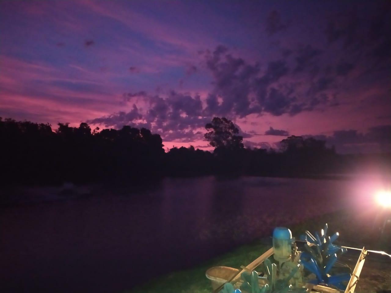 Início de noite em Palotina (PR). Envio de Edmilson Zabott