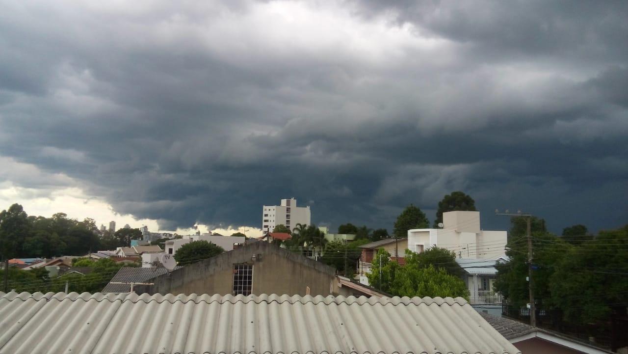Tempo fechado em Chapecó (SC)