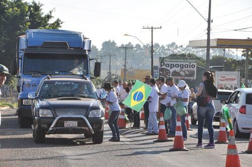 Protesto em Guaíra contra invasões