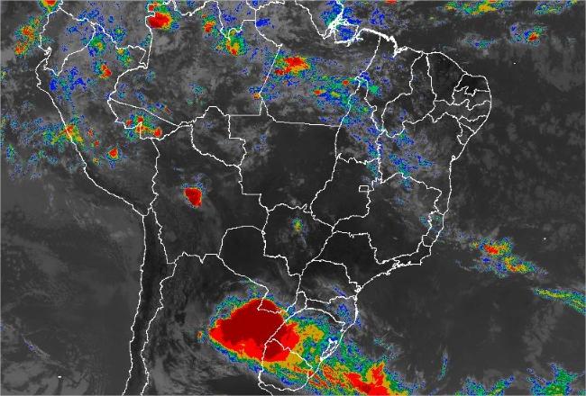 Imagem de satélite de todo o Brasil nesta quarta-feira (12) - Fonte: Inmet