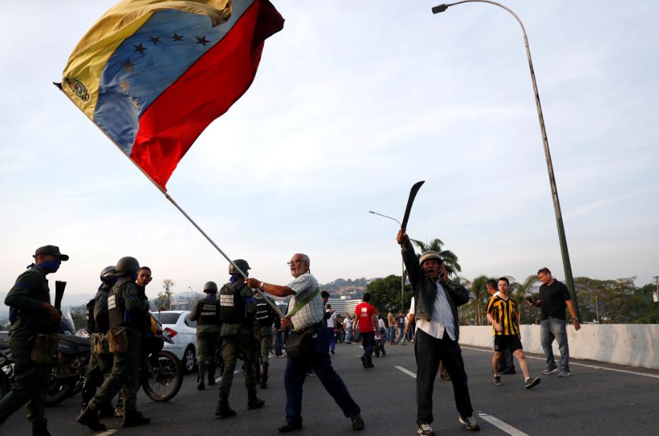 Trump está ciente de situação na Venezuela e a monitora, diz Casa Branca