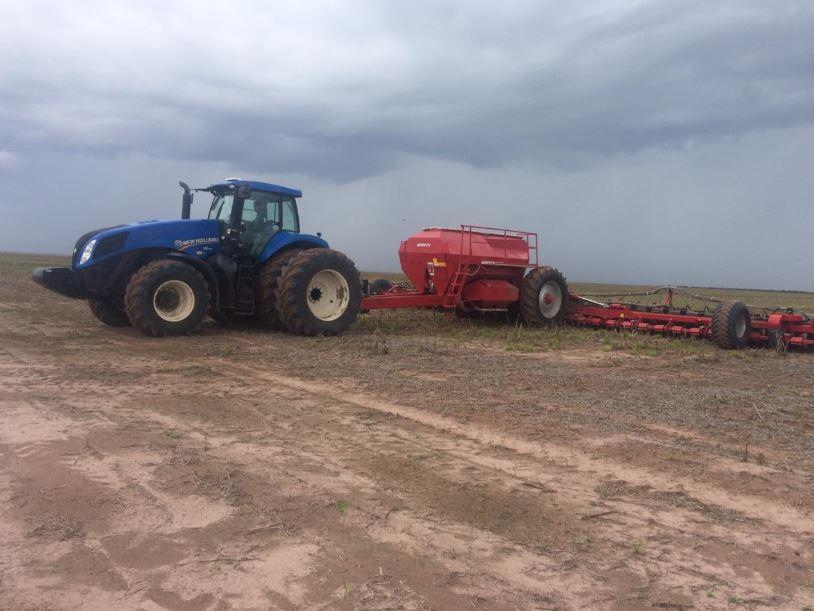Plantio de soja em Correntina (BA). Envio de Eduardo, Mauro e Angelo Roque,