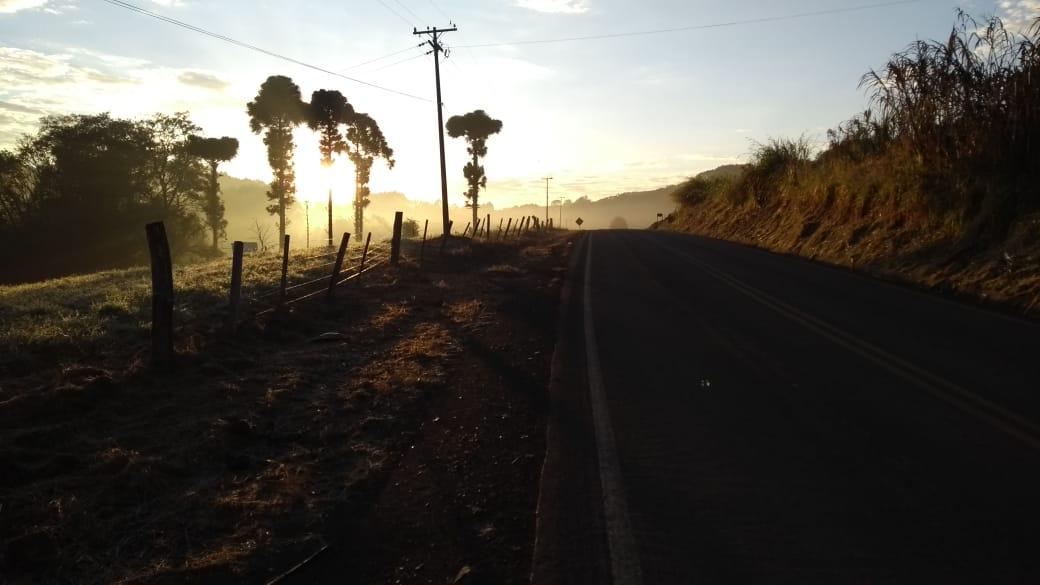 Sol nascendo em Sulina (PR). Envio Cristiano Willenborg