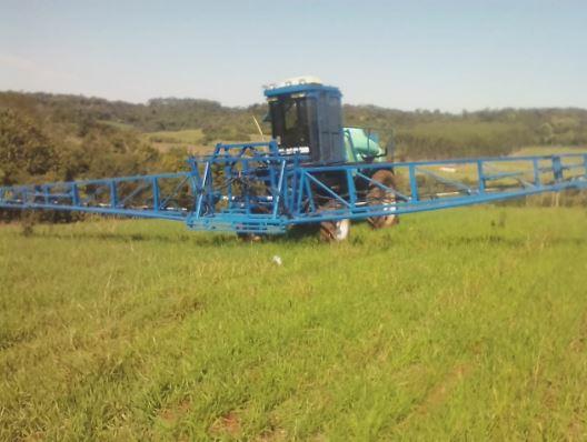 Limpa do trigo em Capanema (PR). Envio de Maicon Fernando Lopes