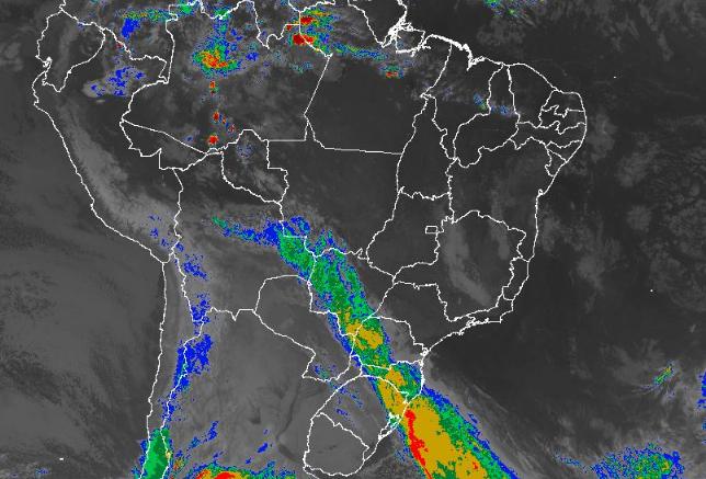 Imagem de satélite nesta quarta-feira (26) em todo o Brasil - Fonte: Inmet