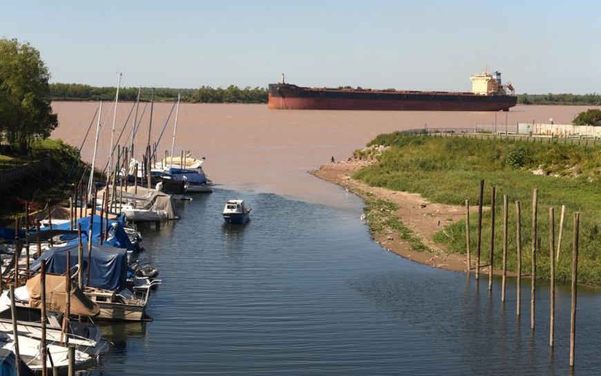 Seca rio Paraná - Reuters