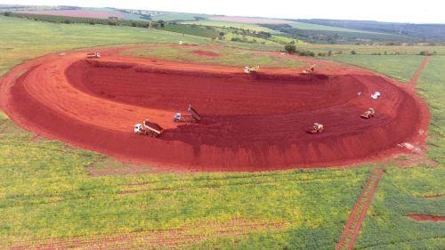 Reservatório de aguá construído por produtores