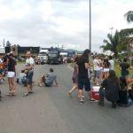 Greve SC - Manifestantes protestaram em apoio aos caminhoneiros no sábado (28) e domingo (1º) (Foto: Marina Dalcastagne/RBS TV)