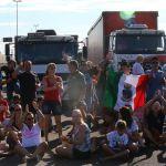 Greve RS - Protesto na BR -101 em Três Cachoeiras (RS). Crédito: Tadeu Vilani / Agência RBS