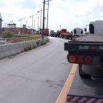 Greve BA - Caminhoneiros bloqueiam acesso ao porto, em Salvador. (Foto: Imagens/Tv Bahia)