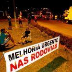 Caminhoneiros protestam também contra aumento do combustível (Foto: Ederson Abi/Portal Peperi) - G1 SC