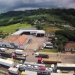 Greve RS - BR-101, em Três Cachoeiras, é uma das rodovias que têm bloqueio. Foto: Ronaldo Bernardi/Agencia RBS