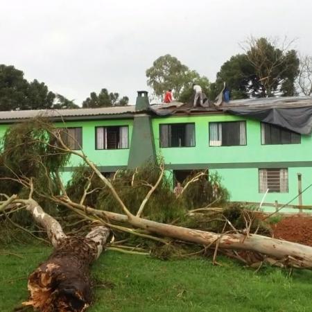 Danos causados pela chuva forte em Lagoa Vermelha (RS) - Foto:  Corpo de Bombeiros de Lagoa Vermelha/Divulgação