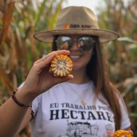 Plantio de milho por Gabrielle Cantu em Terra Roxa-PR