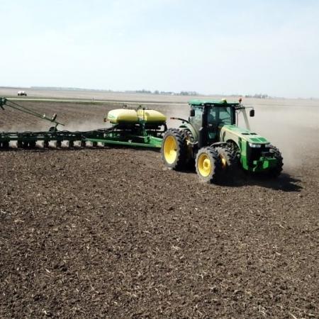 Plantio em Illinois/EUA - Março 2021 - Fotos: Clayton Honn/Twitter