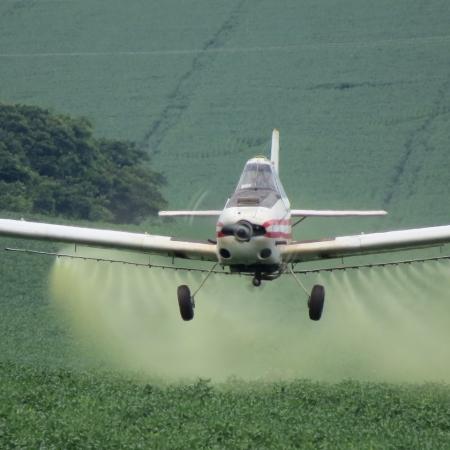 Tecnologia de aplicação aérea em baixo volume | Edenilson David
