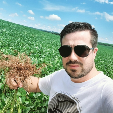 Fazenda Bedin em Renascensa (PR). Envio do Técnico Jonatan Tayllel Soares