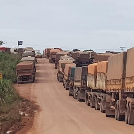 Caminhões parados em Novo Progresso/PA - Foto: Reprodução/Redes sociais