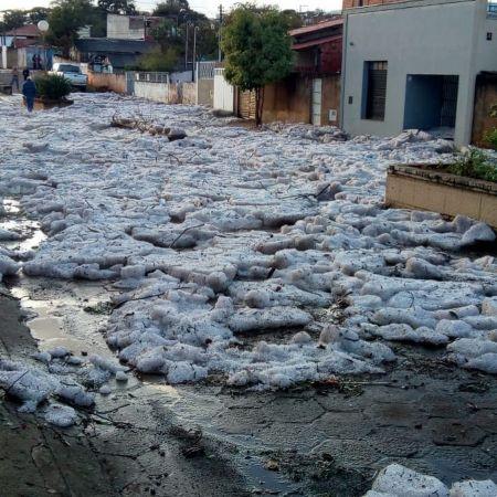Chuva de granizo em Itararé (SP) - Foto: Jacqueline Almeida/Reprodução