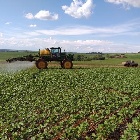Aplicação Herbicida na Soja, Município de Nova Aurora (PR). Envio do Engenheiro Agrônomo Frânio Debiazi