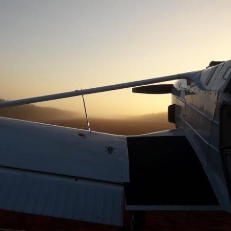 Nascer do sol por Igor da Manav Manutenção de aeronaves LTDA. em Penápolis-SP.