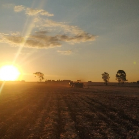 Lindo por do sol em Aral Moreira (MS) - Valdeci dos Santos