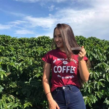 Cafézinho direto da lavoura em São Pedro da União (MG) - Leticia Helena