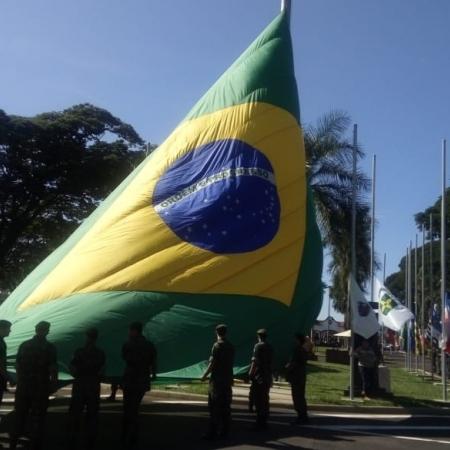 Semana da Pátria - Envio de Hugo Ferreira. Água Boa (MT).