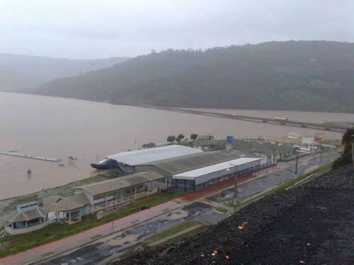 Porto Goio-En no Rio Uruguai