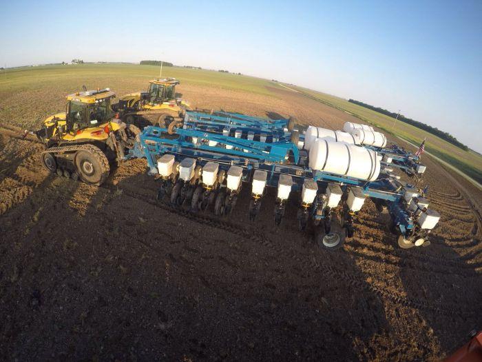 Preparação para o plantio na fazenda Bill Voyles, em Sullivan, IL - EUA 2016