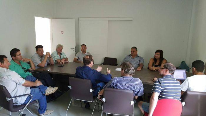 Lideranças discutem situação da agricultura no Maranhão. Envio de Valério Mattei