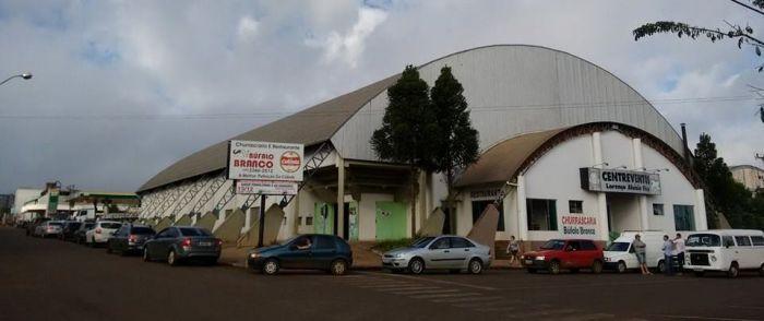 Imagem do dia - Greve SC - Fila em posto de combustível em Pinhalzinho, Oeste de SC (Foto: Rádio RCO/Divulgação)