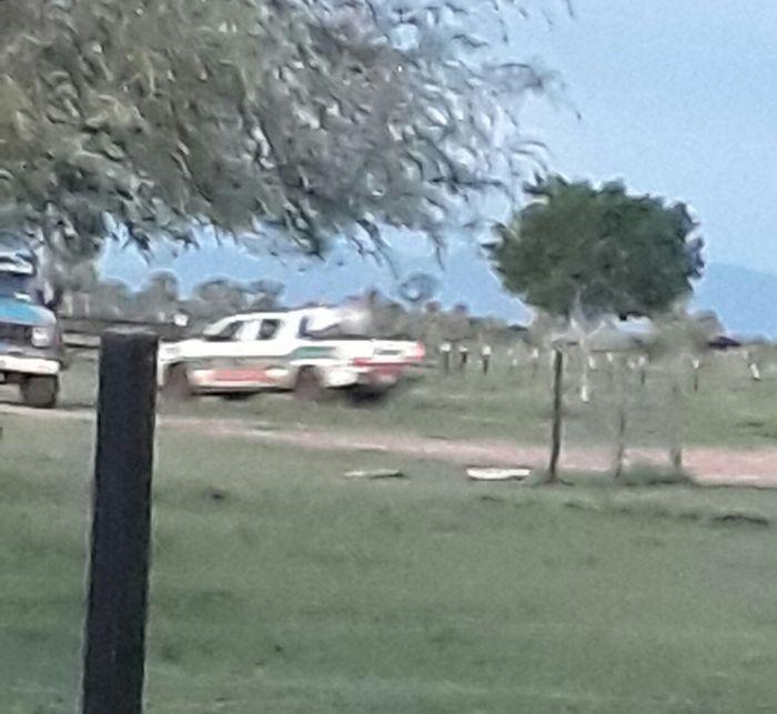 Índios invadem fazenda em MS com carro do Ibama - Novembro 2017