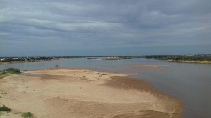 rio sao francisco, bancos de areia - foto de  José Castor - Sec. Agricultura de Malhada - Ba